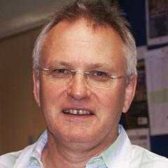 Professor Dr. Peter Andrews