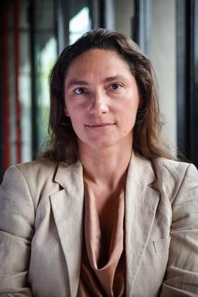 Associate Prof. Dr. Regina Luttge